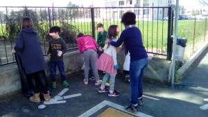 Ripuliamo anche davanti alla scuola!!!